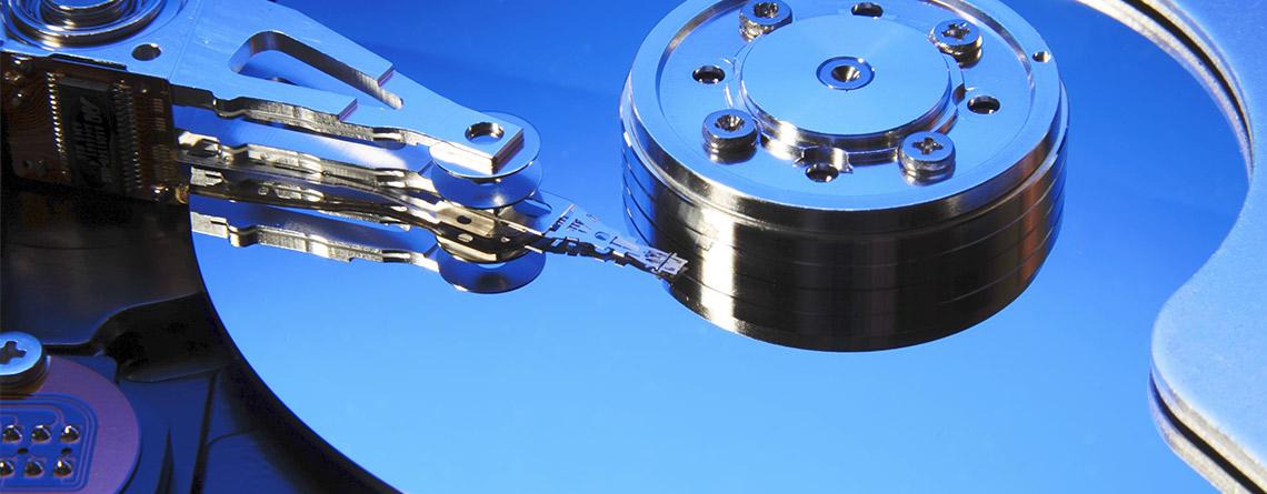 <p>Se avete erroneamente cancellato i vostri dati, anche dopo una formattazione, e il disco non è completamente danneggiato, possiamo provare a recuperare il tutto o quello che è rimasto. Dopo previo preventivo e valutato la fattibilità di intervento, procederemo a recuperare il possibile. Sia da Hard Disk che da altri […]</p>